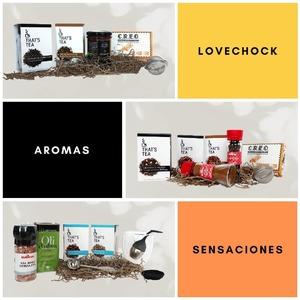¡Sorpréndele con nuestros 𝗽𝗮𝗰𝗸𝘀 𝗿𝗲𝗴𝗮𝗹𝗼!   Porque ellas se lo merecen todo, nuestros packs contienen 𝘀𝗮𝗹𝘂𝗱, 𝗯𝗶𝗲𝗻𝗲𝘀𝘁𝗮𝗿, 𝗮𝗿𝗼𝗺𝗮𝘀, 𝘀𝗲𝗻𝘀𝗮𝗰𝗶𝗼𝗻𝗲𝘀…¡escoge el suyo!   Combina nuestros tés e infusiones con el mejor chocolate de @xocolatacreo, el oro líquido de @olicatessen y especias @burriac_rr para que la experiencia sensorial sea completa.      #anytimetea#thatstea#packregalo#packsregalo#regalarte#comprarte#regaloriginal#regalsoriginals#regalespecial#regaloespecial#specialgift#accesoriosdeté#botellainfusora #regalarté #madre #canela #regalodiadelamadre#ritualmeditation#beneficiosdelte#culturamilenaria#healthygift#regalarsabor#teatips#culturadelté#costumbressaludables#chocolate#bienestar#canela#alimentacionconsciente #positivismo