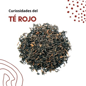 Eltépu-erh oté rojoes originario de la provincia china de Yunnan. También es conocido como el «téde los emperadores» porque durante muchos años, al igual que el té blanco, su consumo estaba prohibido al resto de la población.  Se trata de un té inusual en China, siendo este el mayor productor del té rojo o pu-erh del mundo. Elté rojo,desabor intenso y terroso, ayuda aevitarlaretencióndelíquidos, es un gran aliado contra elcolesteroly lapérdida de pesoy favorece ladigestión. Ademásrefuerzanuestro sistema inmunitario.  Al contrario que otros tés, que suelen tomarse frescos tras su recolección, el proceso de fermentaciónde esta variedad deCamellia sinensispuede durar de 2 a 60 años en barricas de bambú,lo que hace que las hojas alcancen un color cobrizo y, por lo tanto, también la infusión.