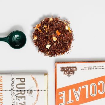 Feliç Pasqua a tots els que gaudeixen del te i la xocolata! Tenim una combinació que us encantarà!! Avui i demà amb descompte especial 🍫☕️👉🏻 • Feliz Pascua a todos aquellos que disfrutan del té con chocolate! Tenemos una combinación que os encantará!! Hoy y mañana con descuento especial 🍫☕️👉🏻