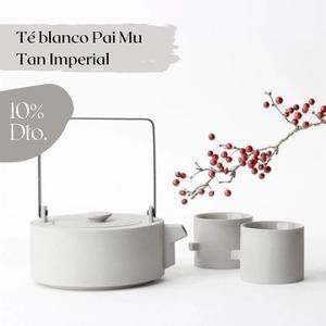 ¡10%𝗱𝗲𝗱𝗲𝘀𝗰𝘂𝗲𝗻𝘁𝗼! en el 𝗜𝗺𝗽𝗲𝗿𝗶𝗮𝗹 𝗡𝗶𝗴𝗵𝘁𝘀, nuestro Té Blanco Pai Mu Tan Imperial.  𝗖𝗶𝗲𝗿𝗿𝗮 𝗹𝗼𝘀 𝗼𝗷𝗼𝘀. 𝗜𝗻𝘁𝗲𝗻𝘁𝗮 𝗶𝗺𝗮𝗴𝗶𝗻𝗮𝗿 𝗰𝘂𝗮́𝗹 𝘀𝗲𝗿𝗶́𝗮 𝗲𝗹 𝗹𝘂𝗴𝗮𝗿 𝗽𝗲𝗿𝗳𝗲𝗰𝘁𝗼 𝗽𝗮𝗿𝗮 𝗱𝗶𝘀𝗳𝗿𝘂𝘁𝗮𝗿 𝗱𝗲 𝗲𝘀𝘁𝗲 𝘁𝗲́. 𝗔𝗵𝗼𝗿𝗮 𝗮́𝗯𝗿𝗲𝗹𝗼𝘀.  El té blanco es el antioxidante más potente de la naturaleza. Además de combatir el envejecimiento celular, aumenta las defensas y la capacidad de concentración.  INGREDIENTES: 100% Té blanco Chino Pai Mu Tan Imperial  USO: 2 min. a 70°  PESO: 40gr / 1,41oz.  Nº DE TAZAS: 40 (1 cucharada dosificadora de té por taza)  ¡𝗗𝗶𝘀𝗳𝗿𝘂́𝘁𝗮𝗹𝗼 𝗱𝗲𝘀𝗱𝗲 𝗵𝗼𝘆 𝘆 𝗵𝗮𝘀𝘁𝗮 𝗲𝗹 𝗽𝗿𝗼́𝘅𝗶𝗺𝗼 13 𝗱𝗲 𝗝𝘂𝗻𝗶𝗼 𝗰𝗼𝗻 𝘂𝗻 𝗱𝗲𝘀𝗰𝘂𝗲𝗻𝘁𝗼 𝗺𝘂𝘆 𝗲𝘀𝗽𝗲𝗰𝗶𝗮𝗹!    #anytimetea#thatstea#téblanco#whitetea#paimutan#téimperial#imperialnights#promocion#descuento#comprarté#10%descuento#descuentoenté#promocionespecial#specialpromo#somosloquecomemos#positivismo#buenaenergia#buenosdeseos#vidadeté#tealife#recetasconté#realfood#realfooding#depurativo#yogalife#alimentacionconsciente#antiinflamatorio#chocolate#cinnamon